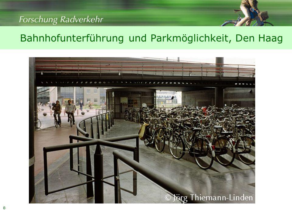 8 Bahnhofunterführung und Parkmöglichkeit, Den Haag