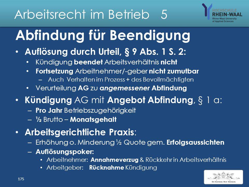 Arbeitsrecht im Betrieb 5 Sicherung ausgewogene Personalstruktur, § 1 III 2 Altersstruktur: – AG bildet Altersgruppen innerhalb der zur Sozialauswahl