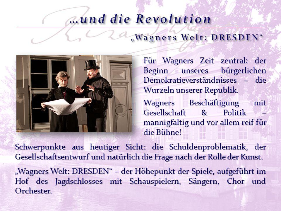 """Vor den Vorstellungen: Der """"WAGNER SALON – Prominente erzählen von ihrer Begegnung mit Wagners Musik – kurze Vorträge und Diskussionen im Saal des Lohengrinhauses."""