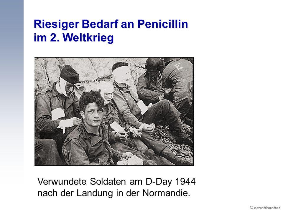 © aeschbacher Riesiger Bedarf an Penicillin im 2. Weltkrieg Verwundete Soldaten am D-Day 1944 nach der Landung in der Normandie.
