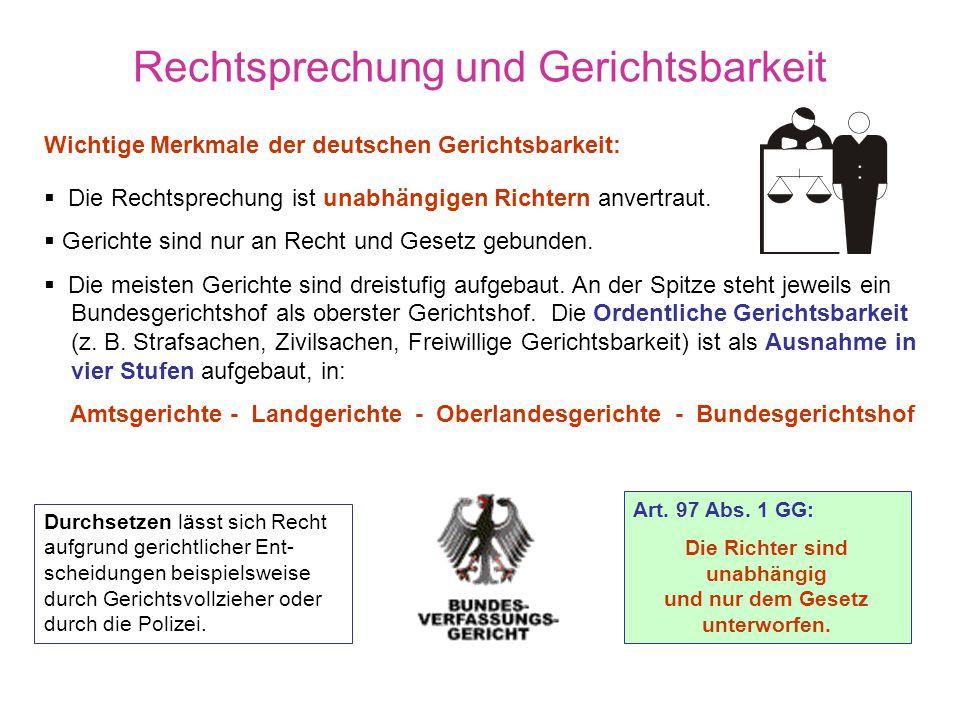 Zivil- und Öffentliches Recht Teilbereiche des Rechts in Deutschland a)Das Öffentliche Recht, es regelt gerichtlich das Verhältnis zwischen Bürger und
