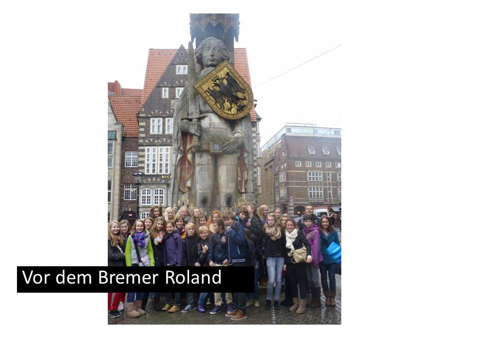 Vor dem Bremer Roland