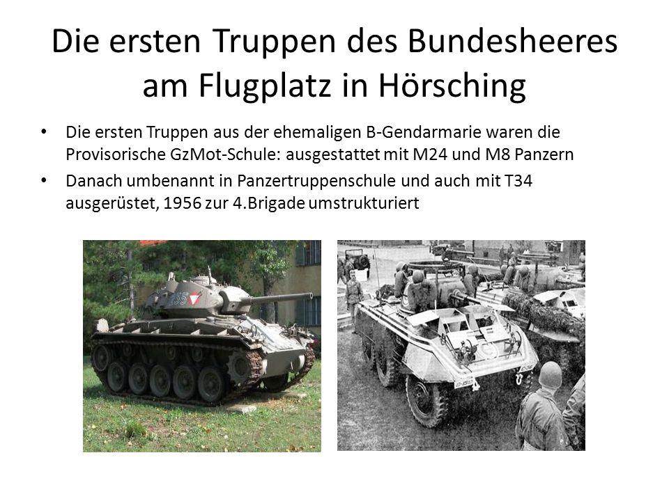 Die ersten Truppen des Bundesheeres am Flugplatz in Hörsching Die ersten Truppen aus der ehemaligen B-Gendarmarie waren die Provisorische GzMot-Schule