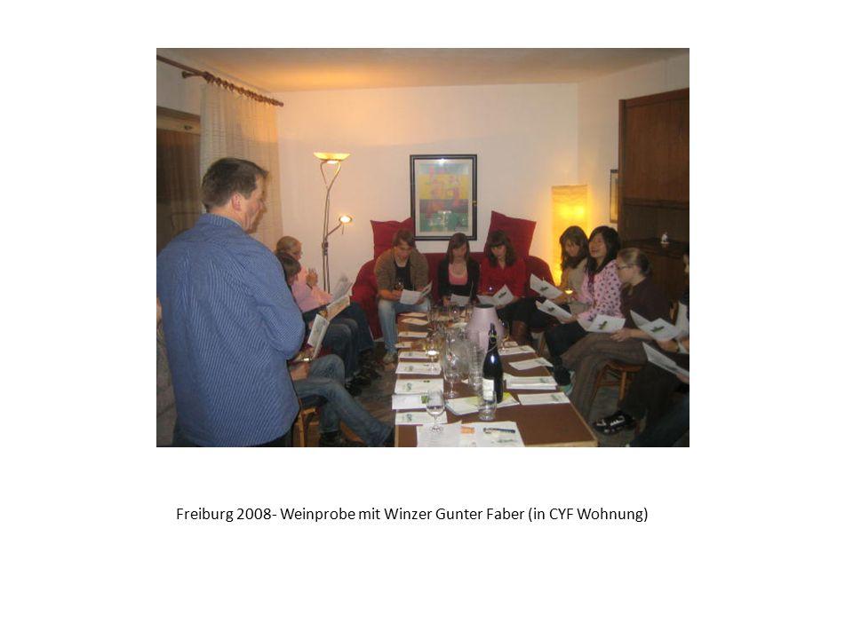 Freiburg 2008- Weinprobe mit Winzer Gunter Faber (in CYF Wohnung)
