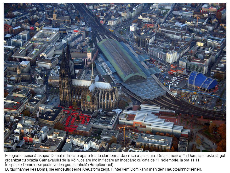 Fotografie aeriană asupra Domului, în care apare foarte clar forma de cruce a acestuia. De asemenea, în Domplatte este târgul organizat cu ocazia Carn