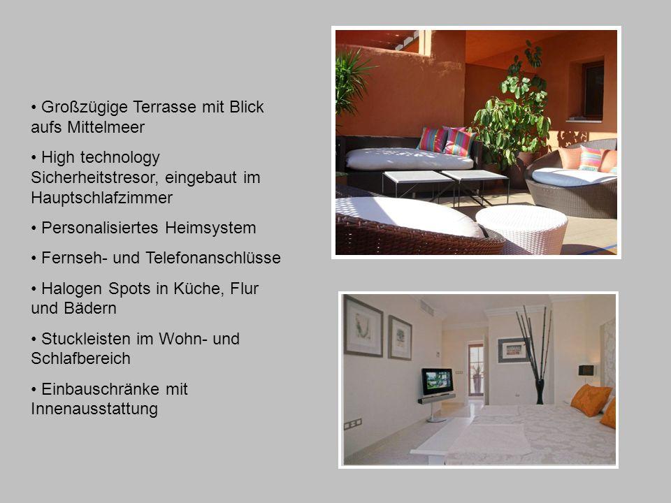 Großzügige Terrasse mit Blick aufs Mittelmeer High technology Sicherheitstresor, eingebaut im Hauptschlafzimmer Personalisiertes Heimsystem Fernseh- und Telefonanschlüsse Halogen Spots in Küche, Flur und Bädern Stuckleisten im Wohn- und Schlafbereich Einbauschränke mit Innenausstattung