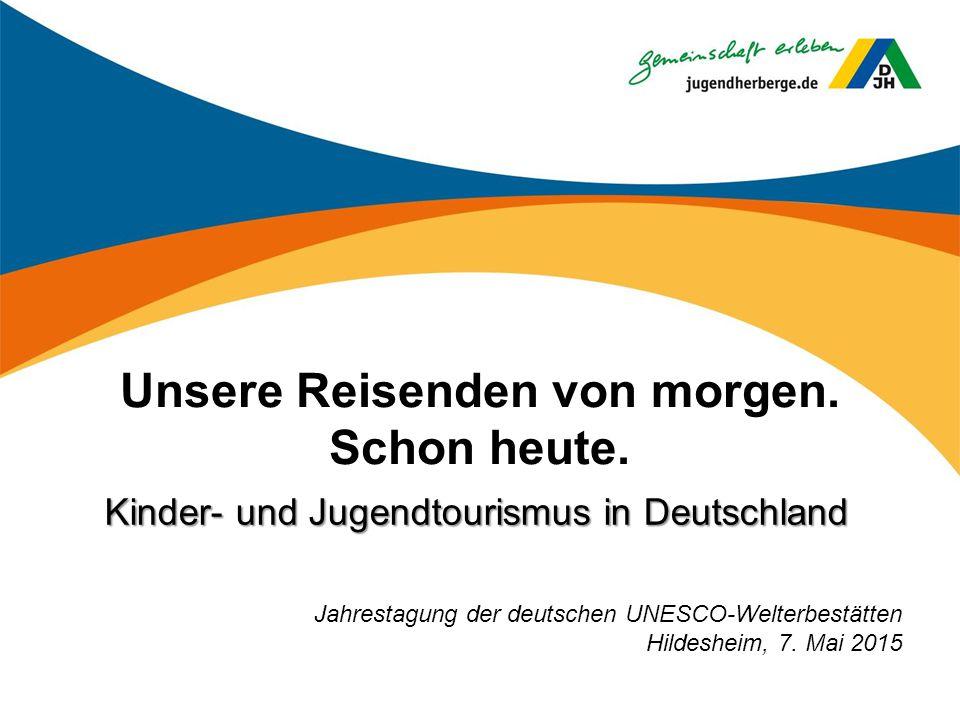 Gesundheits- und Sportangebote in Jugendherbergen Sixcup Headis (Sport-Profiltreffen) Speedsoccer Hockern Igelball-Massage Fit Drauf-Picknick