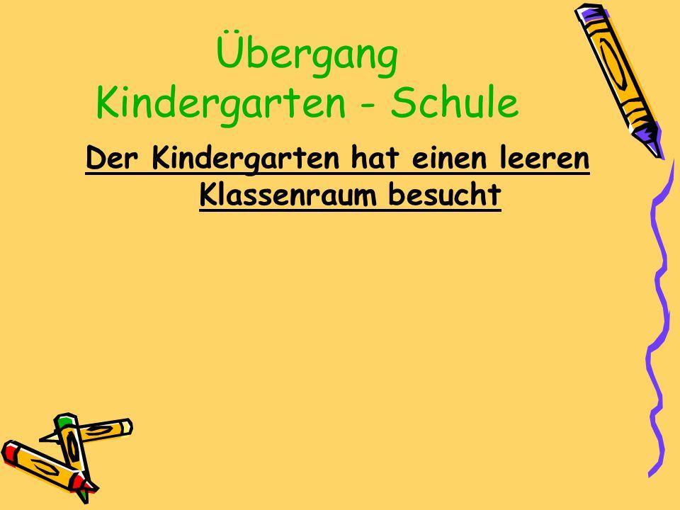 Übergang Kindergarten - Schule Der Kindergarten hat einen leeren Klassenraum besucht