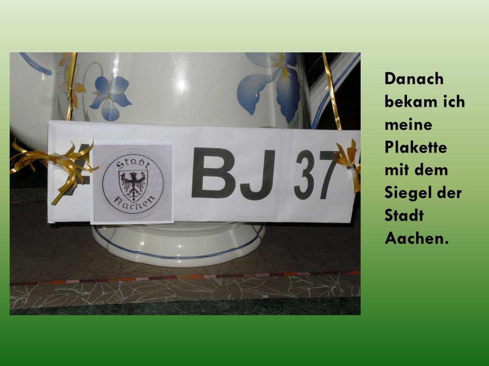 und meine Zulassung vom TÜV Aachen um zehn Jahre verlängert.