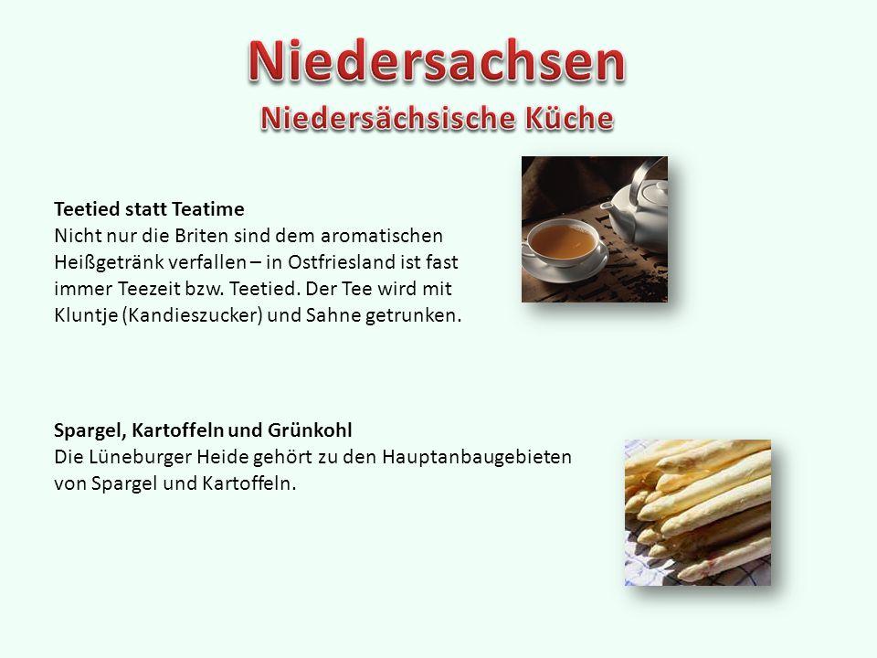 Teetied statt Teatime Nicht nur die Briten sind dem aromatischen Heißgetränk verfallen – in Ostfriesland ist fast immer Teezeit bzw.