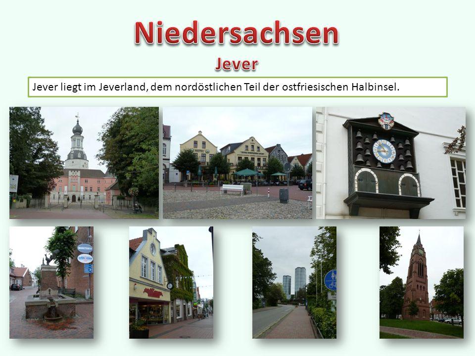 """Göttingen ist eine Universitätsstadt Marktplatz mit altem Rathaus Städtisches Museum Osnabrück liegt am Ufer der Hase im Osnabrücker Land inmitten des """"Osnabrücker Hügellandes Osnabrücker Rathaus des Westfälischen Friedens Alter Stadtbefestigungsturm"""