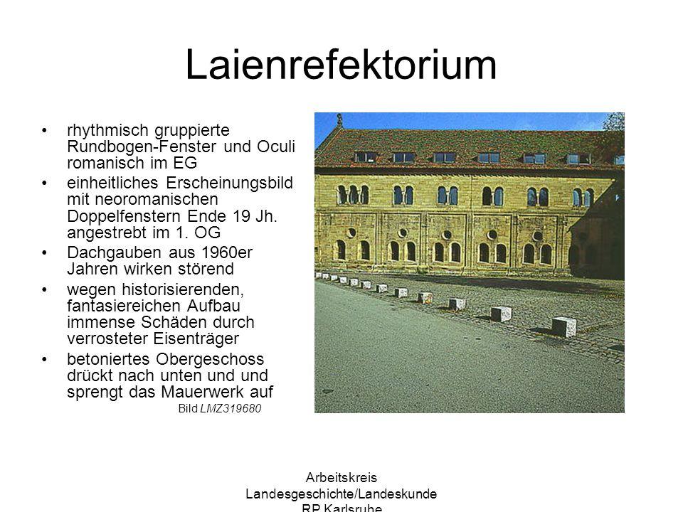 Arbeitskreis Landesgeschichte/Landeskunde RP Karlsruhe Blick vom Kapitelsaal zum Kreuzgang Versammlungsort für tägliche Lesung aus Ordensstatuten diente zur Besprechung von inneren Angelegenheiten Ahndung von Fehlverhalten Einzelner filigrane Säulen tragen Deckenlast Bild LMZ313920