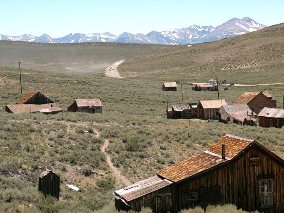 Bodie ist eine Geisterstadt östlich von San Francisco in Kalifornien an der Grenze zu Nevada in den Vereinigten Staaten.