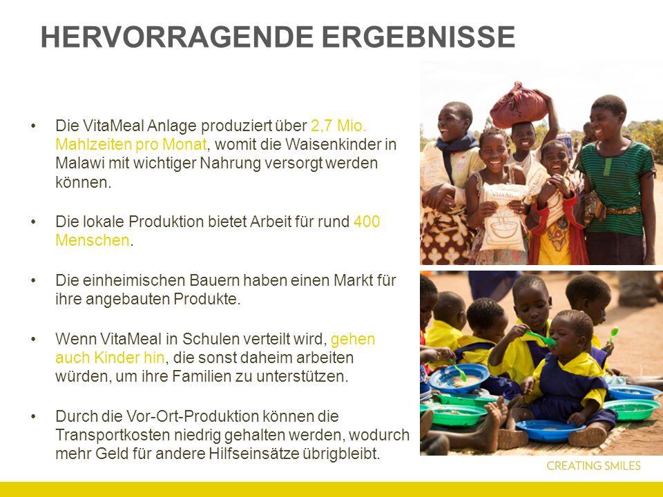 HERVORRAGENDE ERGEBNISSE Die VitaMeal Anlage produziert über 2,7 Mio. Mahlzeiten pro Monat, womit die Waisenkinder in Malawi mit wichtiger Nahrung ver