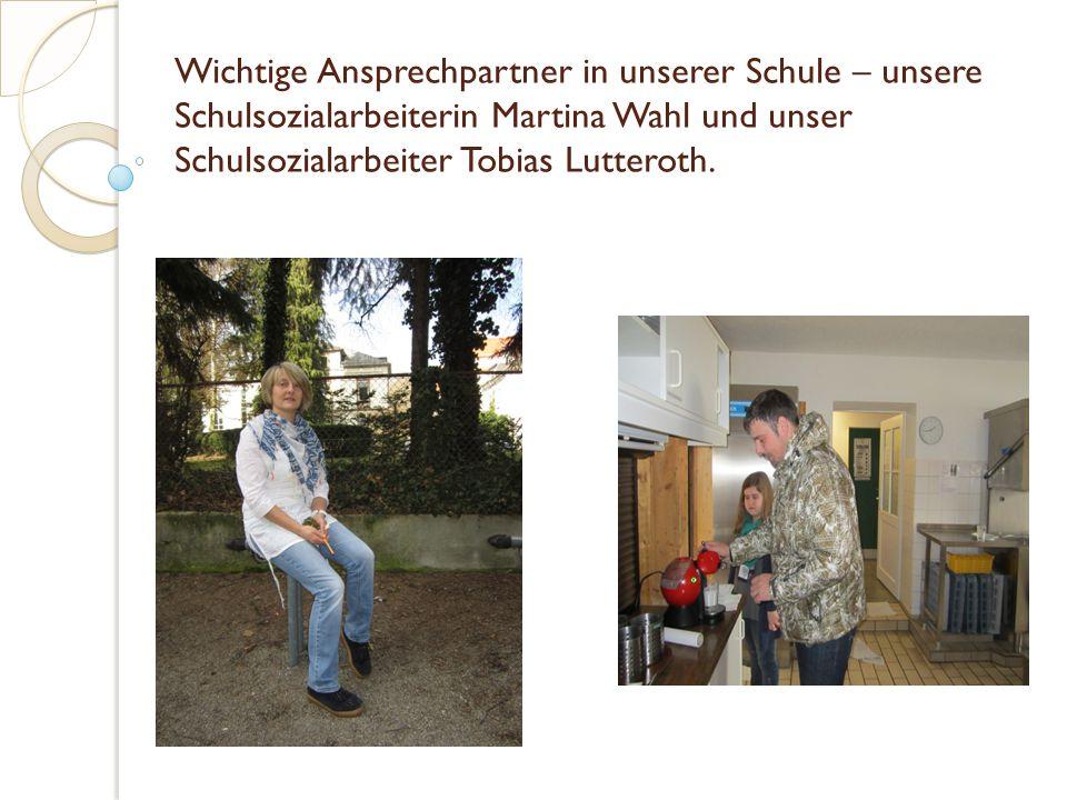 Wichtige Ansprechpartner in unserer Schule – unsere Schulsozialarbeiterin Martina Wahl und unser Schulsozialarbeiter Tobias Lutteroth.