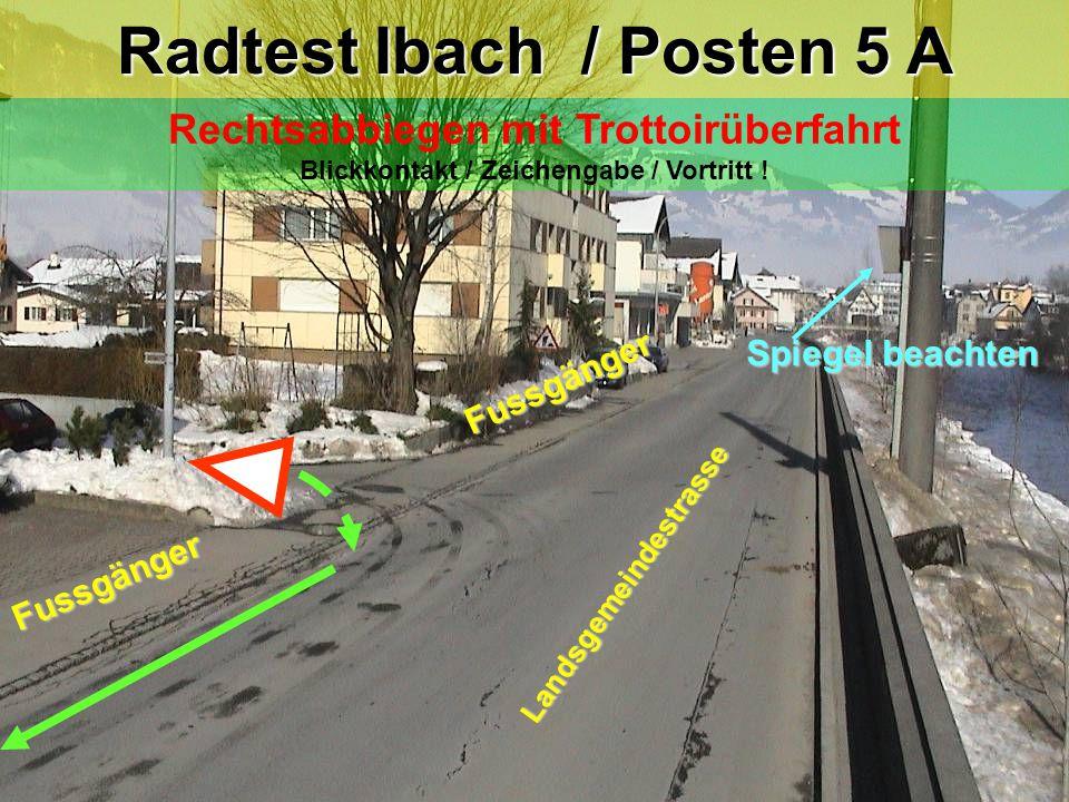 Rechtsabbiegen mit Trottoirüberfahrt Blickkontakt / Zeichengabe / Vortritt .