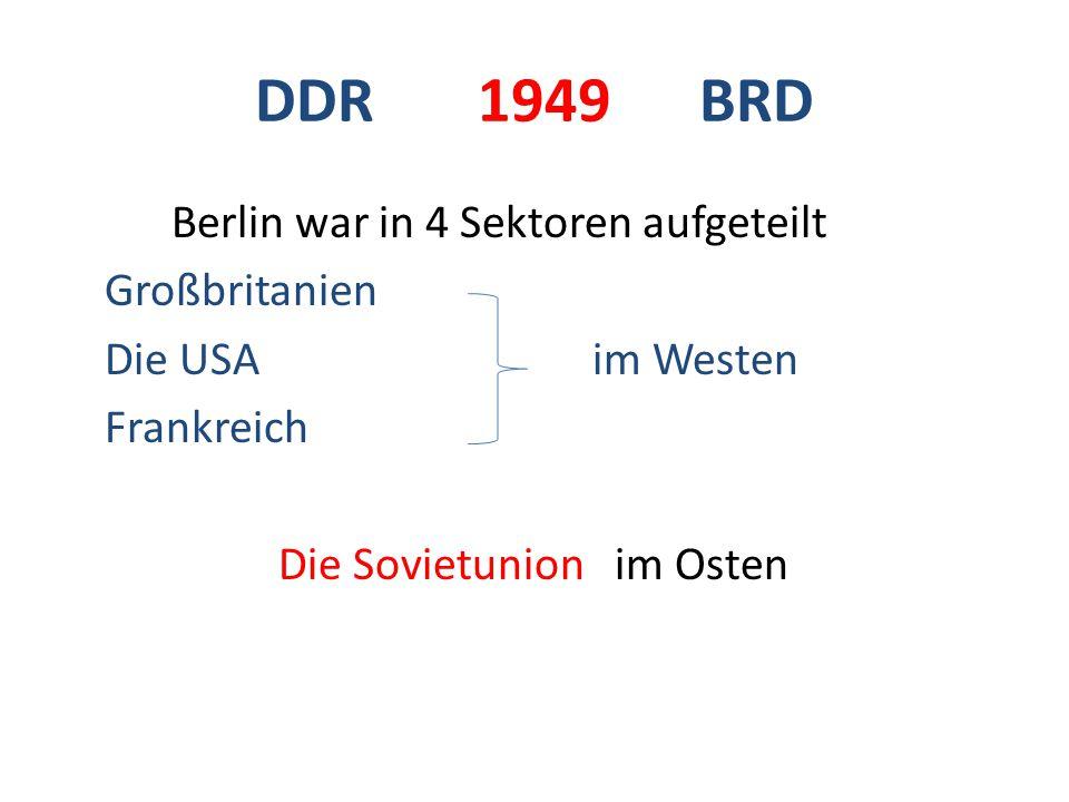 DDR Fernsehturm Alexanderplatz Unter den Linden Trabant Treptow Park Berliner Dom Palast der Repub lik