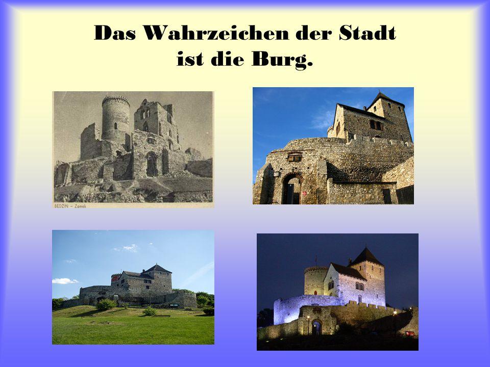 Das Wahrzeichen der Stadt ist die Burg.