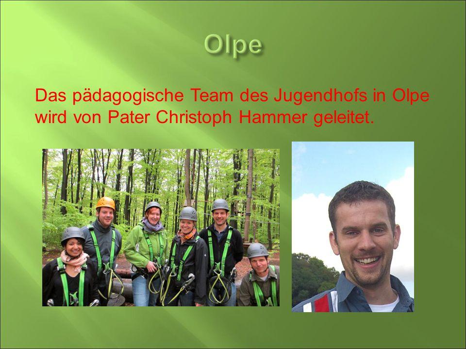 Das pädagogische Team des Jugendhofs in Olpe wird von Pater Christoph Hammer geleitet.