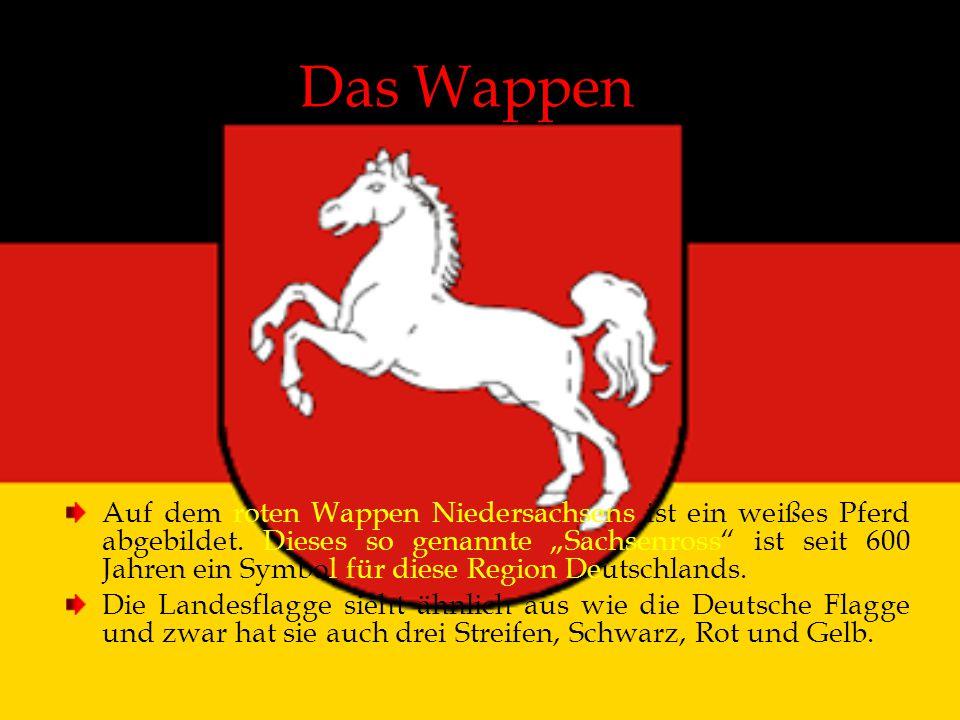 """Das Wappen Auf dem roten Wappen Niedersachsens ist ein weißes Pferd abgebildet. Dieses so genannte """"Sachsenross"""" ist seit 600 Jahren ein Symbol für di"""