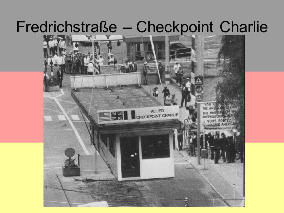 Fredrichstraße – Checkpoint Charlie