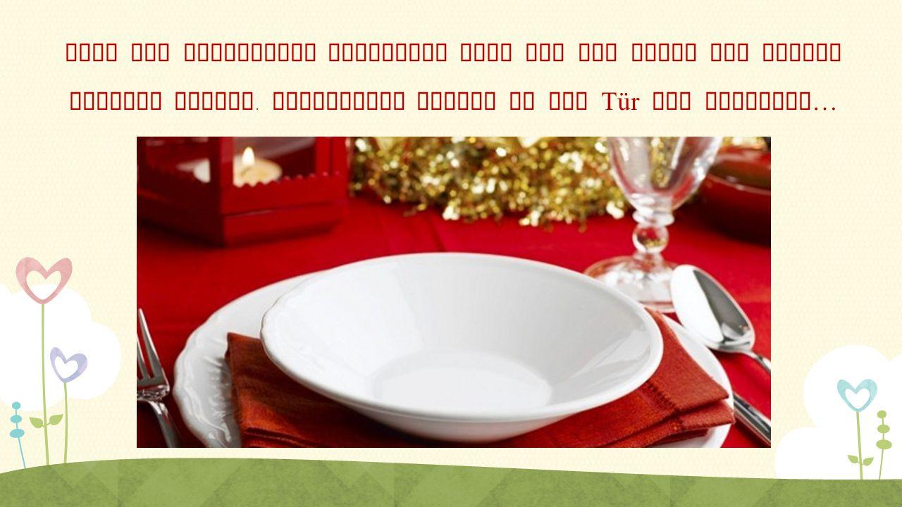 Nach der polnischen Tradition muss auf dem Tisch ein leeres Gedeckt stehen. Vielleicht klopft an die Tür ein Reisende…