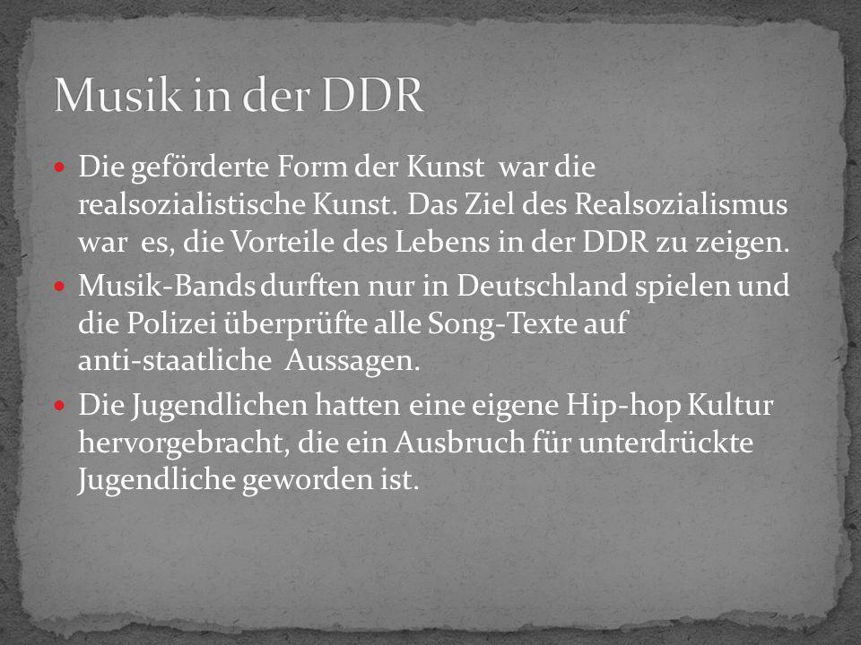 Theater und Cabaret waren sehr wichtig in der DDR.