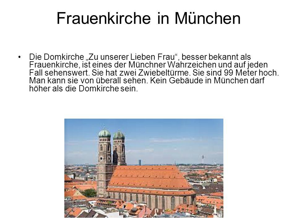 """Frauenkirche in München Die Domkirche """"Zu unserer Lieben Frau"""", besser bekannt als Frauenkirche, ist eines der Münchner Wahrzeichen und auf jeden Fall"""
