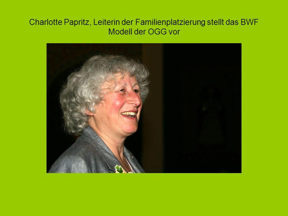 Charlotte Papritz, Leiterin der Familienplatzierung stellt das BWF Modell der OGG vor