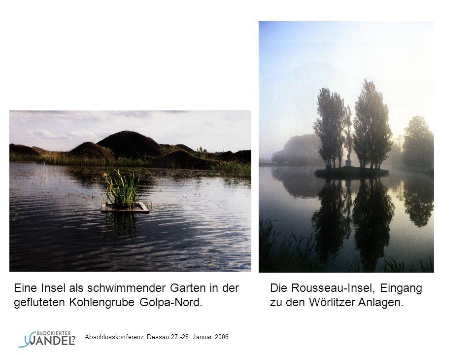 Eine Insel als schwimmender Garten in der Die Rousseau-Insel, Eingang gefluteten Kohlengrube Golpa-Nord. zu den Wörlitzer Anlagen.