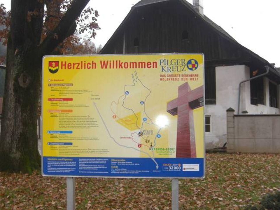 Das Pilgerkreuz am Veitscher Ölberg ist das weltgrößte begehbare Pilgerkreuz.
