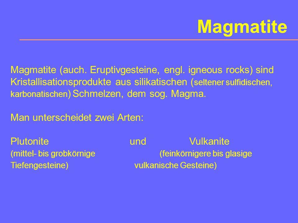Gliederung der Erde Vol.%Masse%Dichte (g/cm 3 ) Erdkruste 0,8 0,4 2,8 Erdmantel83,067,2 4,5 Erdkern16,232,4 11,0 Ø5,52 innerer Erdkern: feste Fe-Ni-Legierung äußerer Erdkern:flüssige Fe-Ni-Schmelze unterer Erdmantel:MgO, FeO, Korund, Stishovit, (Perowskit) Übergangszone:zahlreiche Hochdruckmodifikationen: u.a.