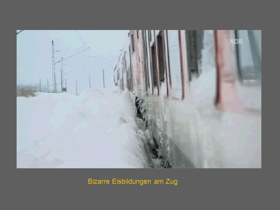 Bizarre Eisbildungen am Zug