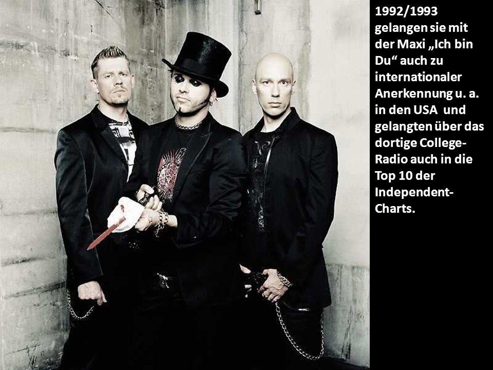 """2008 erschien das Top-Ten-Album """"Monster , von dem das Lied """"Wach auf! auch als Titelsong für den Film Aliens vs."""