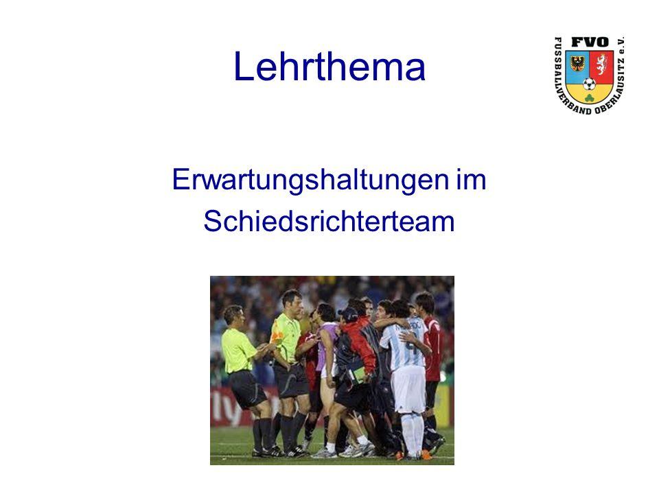Lehrthema Erwartungshaltungen im Schiedsrichterteam