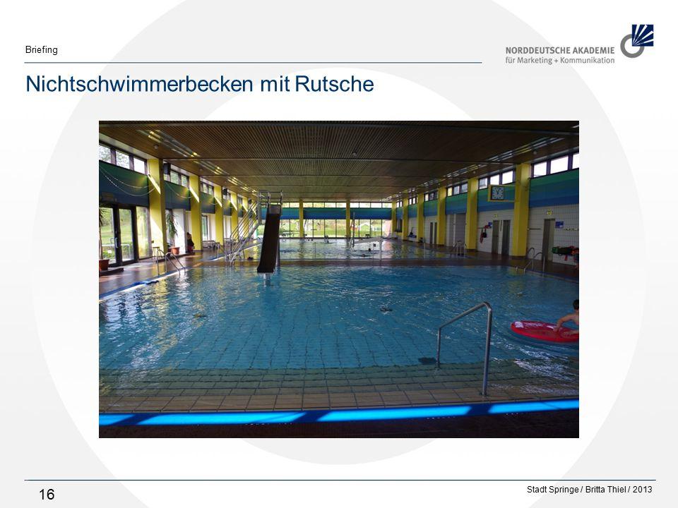 Stadt Springe / Britta Thiel / 2013 Briefing 16 Nichtschwimmerbecken mit Rutsche