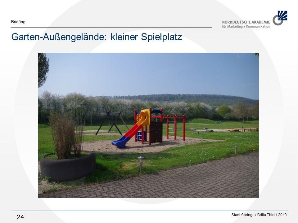 Stadt Springe / Britta Thiel / 2013 Briefing 24 Garten-Außengelände: kleiner Spielplatz