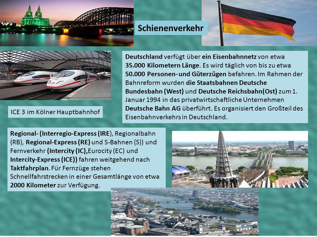 Schienenverkehr ICE 3 im Kölner Hauptbahnhof Deutschland verfügt über ein Eisenbahnnetz von etwa 35.000 Kilometern Länge. Es wird täglich von bis zu e