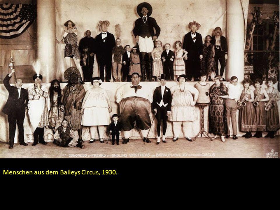 Menschen aus dem Baileys Circus, 1930.