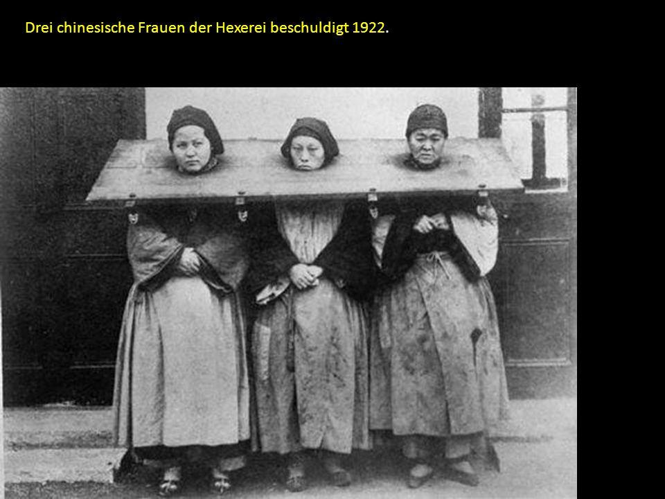 Drei chinesische Frauen der Hexerei beschuldigt 1922.