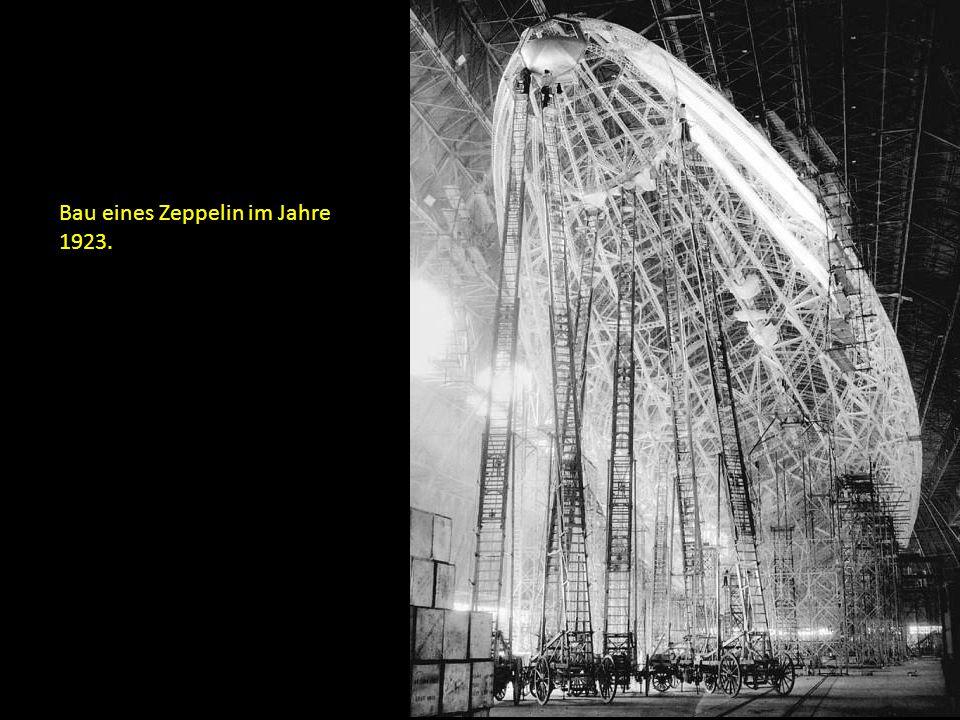 Bau eines Zeppelin im Jahre 1923.