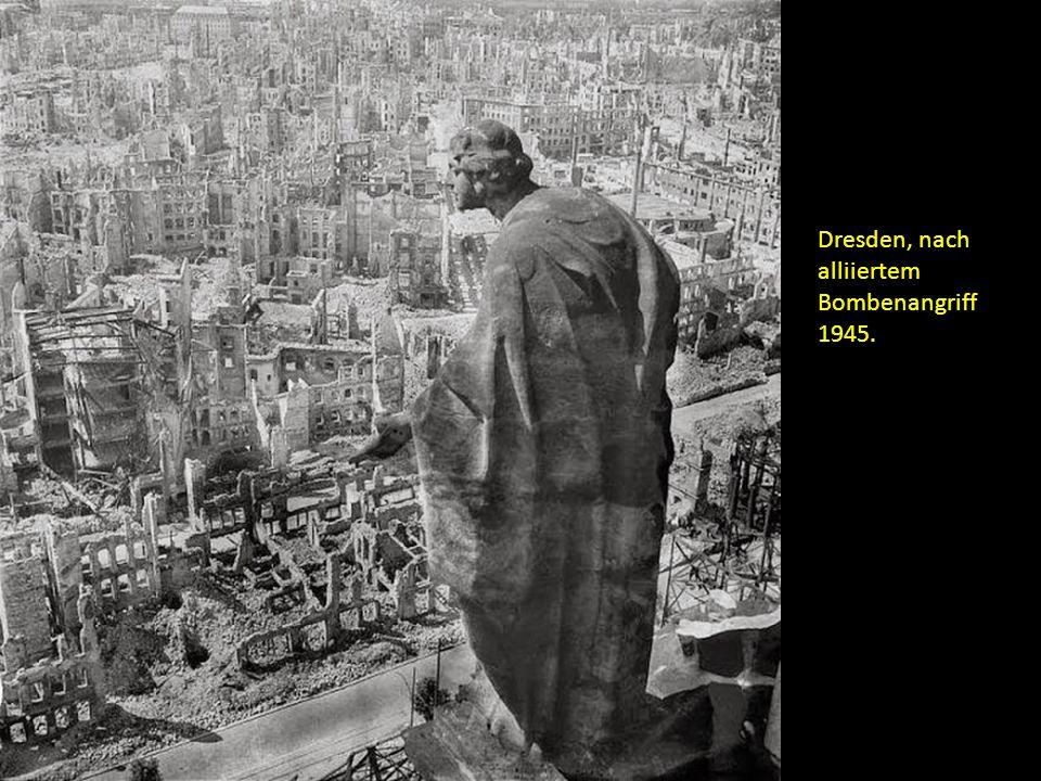 Dresden, nach alliiertem Bombenangriff 1945.