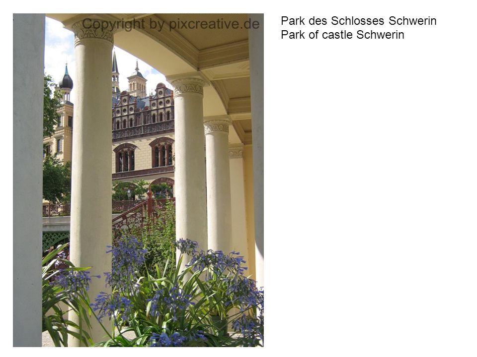Park des Schlosses Schwerin Park of castle Schwerin