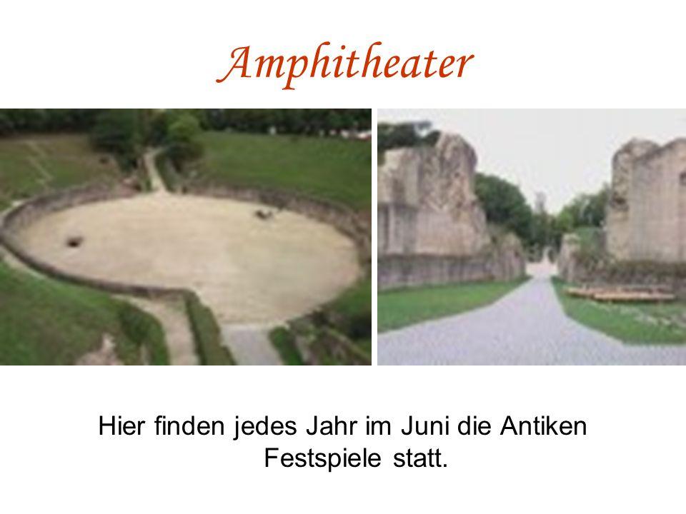 Amphitheater Hier finden jedes Jahr im Juni die Antiken Festspiele statt.