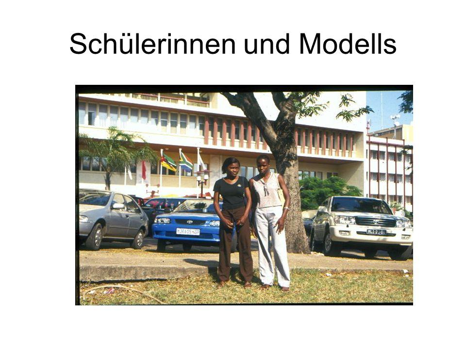 Schülerinnen und Modells