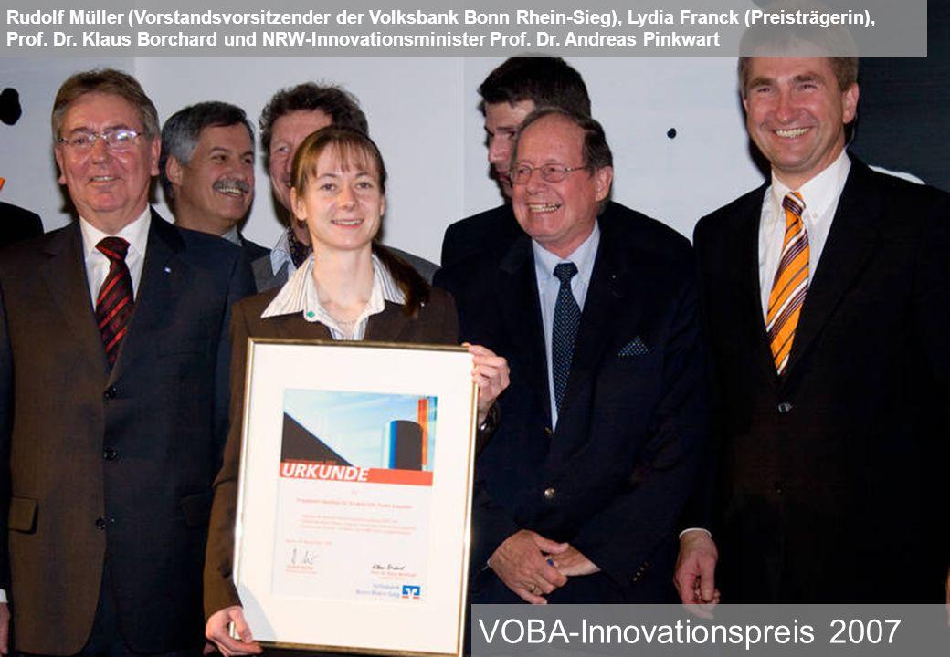 VOBA-Innovationspreis 2007 Rudolf Müller (Vorstandsvorsitzender der Volksbank Bonn Rhein-Sieg), Lydia Franck (Preisträgerin), Prof. Dr. Klaus Borchard