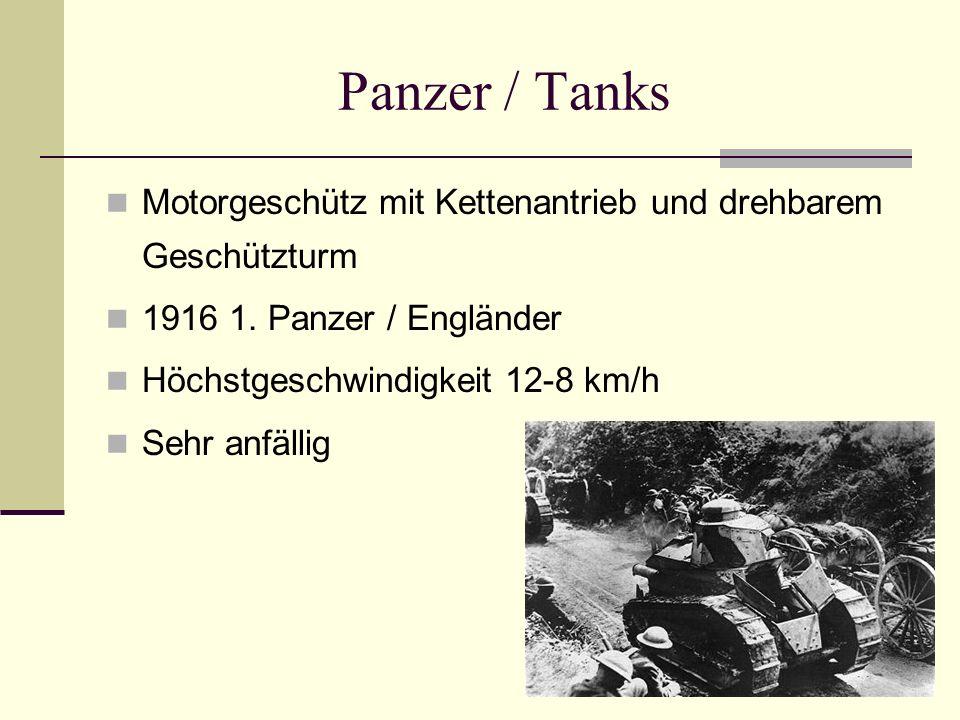 Panzer / Tanks Motorgeschütz mit Kettenantrieb und drehbarem Geschützturm 1916 1. Panzer / Engländer Höchstgeschwindigkeit 12-8 km/h Sehr anfällig