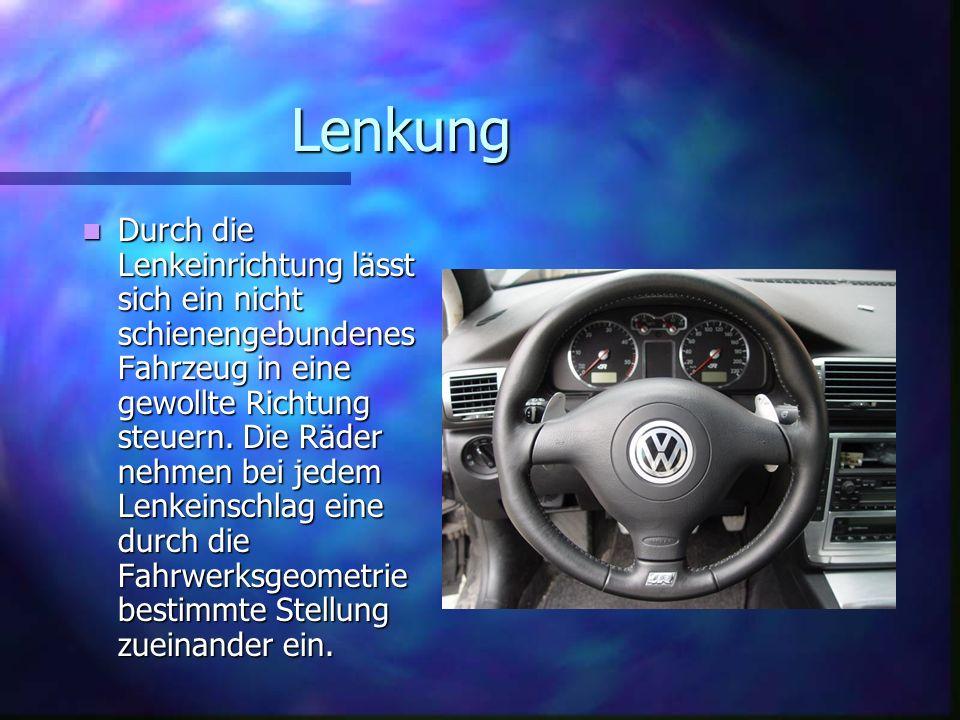 Geschichte Des Autos Geschichte Des Autos Das erste Auto wurde von Muskelkraft betrieben.