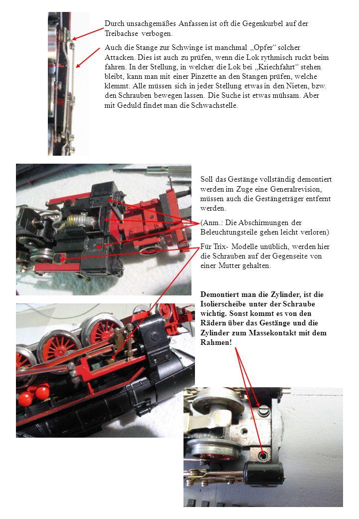 Getriebe: Hier ist der Getriebedeckel entfernt, nachdem die beiden Schrauben heraus gedreht wurden.
