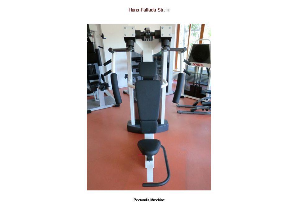 Hans-Fallada-Str. 11 Pectoralis-Maschine
